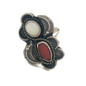 Native American Vintage Native American Spiny Oyster & Moonstone Ring