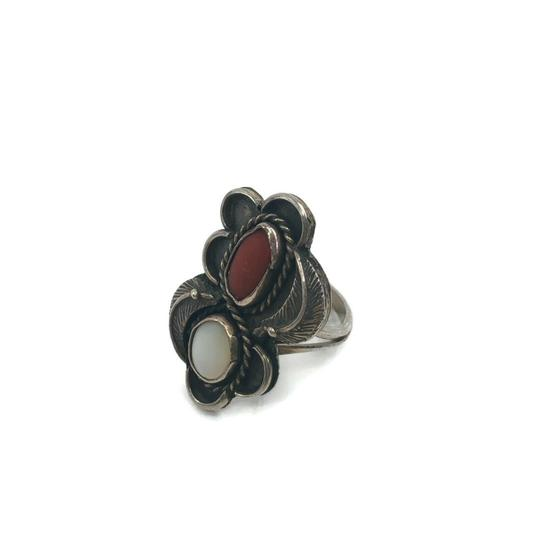 Native American Vintage Native American Spiny Oyster & Moonstone Ring Image 5