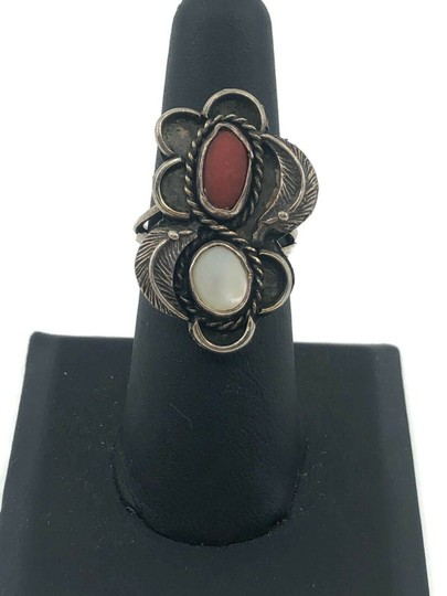 Native American Vintage Native American Spiny Oyster & Moonstone Ring Image 8