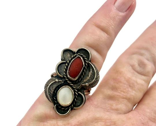 Native American Vintage Native American Spiny Oyster & Moonstone Ring Image 9