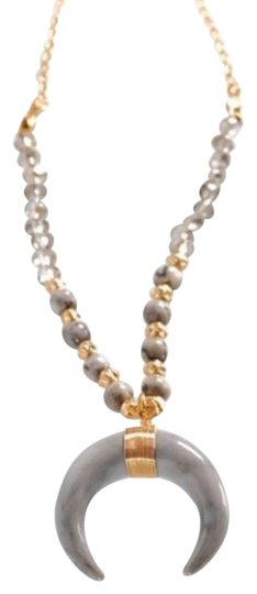 Preload https://img-static.tradesy.com/item/26118325/gray-crescent-wire-wrapped-horn-beaded-set-necklace-0-3-540-540.jpg