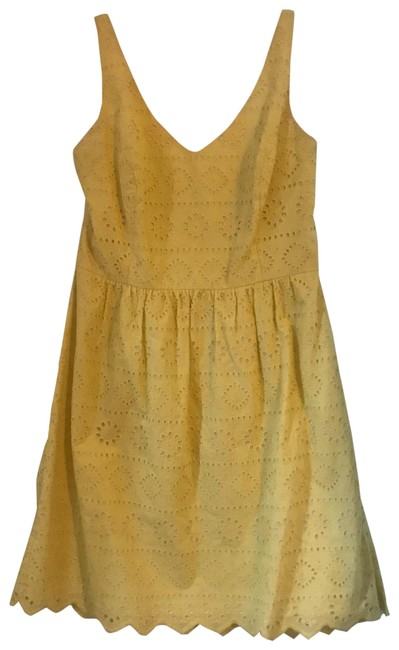 Preload https://img-static.tradesy.com/item/26118509/vineyard-vines-yellow-eyelet-short-casual-dress-size-10-m-0-1-650-650.jpg
