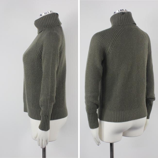 Uniqlo Cashmere Turtleneck Luxury Cashmere Sweater Image 1