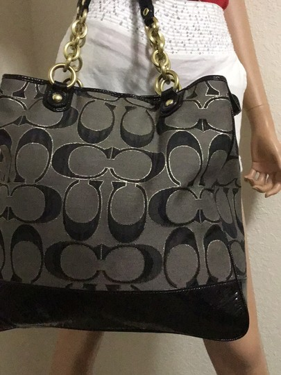 Coach Tote in black Image 6
