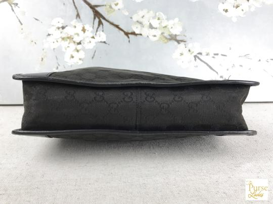 Gucci Gg Web Hobo Bag Image 6