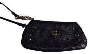 Stone Mountain Wristlet in Black