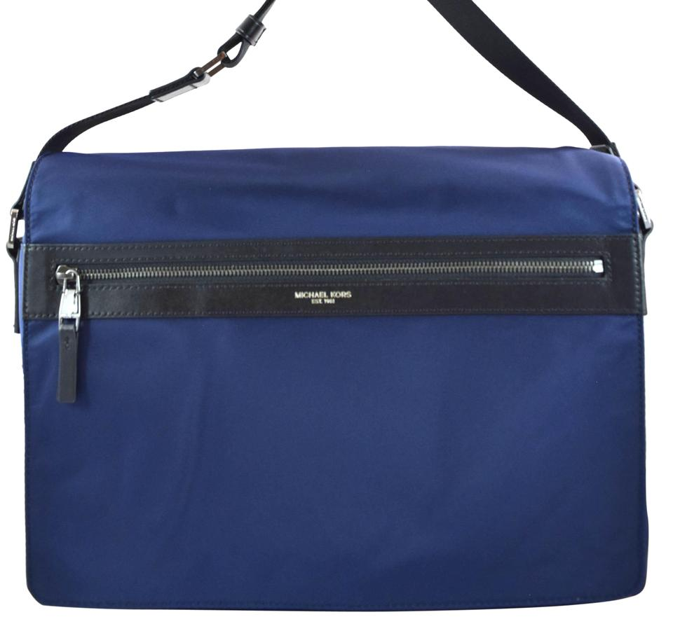 Michael Kors Kent Large Indigo Blue Nylon Messenger Bag 39% off retail
