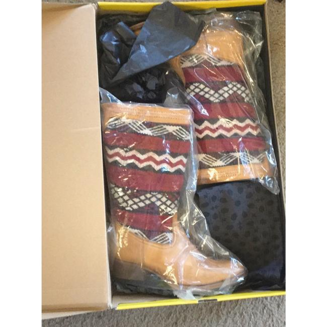 Tan Red New In Box Alcazar Boots/Booties Size US 7 Regular (M, B) Tan Red New In Box Alcazar Boots/Booties Size US 7 Regular (M, B) Image 11