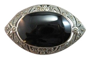 Sterling Silver, Onyx and Marcasite oval vintage looking pin brooch