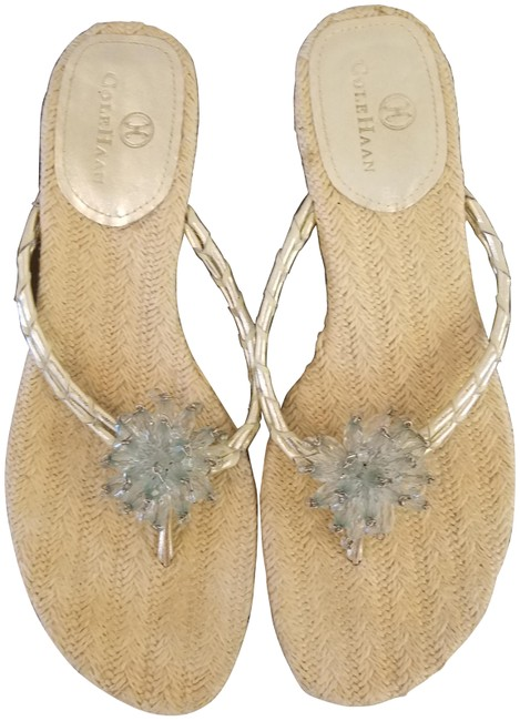 Item - Natural and Gold Beaded Knit Insole Kitten Heel Sandals Size US 7 Regular (M, B)