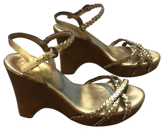 Item - Gold Sandal with Nike Air Wedges Size US 6 Regular (M, B)