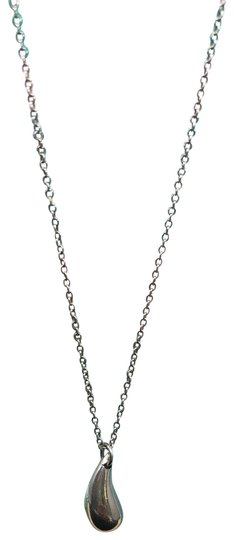 Preload https://img-static.tradesy.com/item/26130859/tiffany-and-co-silver-tc019-925-elsa-peretti-tear-drop-pendant-charm-necklace-0-4-540-540.jpg