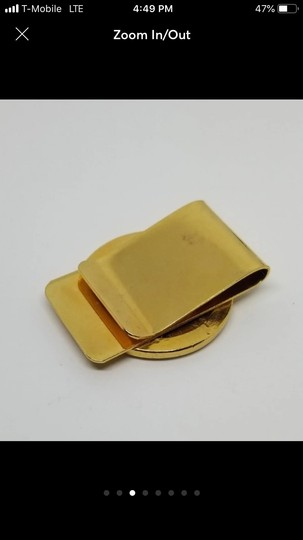 Independent gold plated coin money clip Image 2