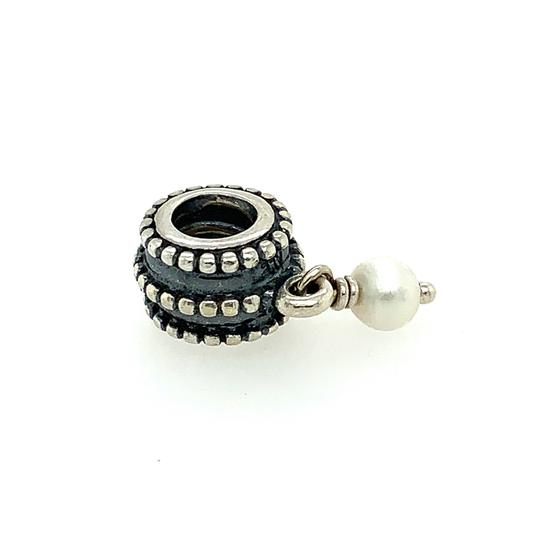 Preload https://img-static.tradesy.com/item/26130972/pandora-pearl-dangle-charm-0-0-540-540.jpg