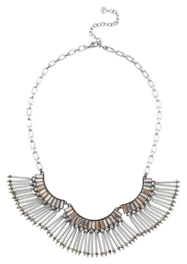 Preload https://img-static.tradesy.com/item/26130973/stella-and-dot-silver-twlight-fringe-statement-necklace-0-3-540-540.jpg