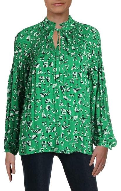 Preload https://img-static.tradesy.com/item/26131173/lauren-ralph-lauren-green-pleated-ps-new-217-blouse-size-petite-4-s-0-3-650-650.jpg