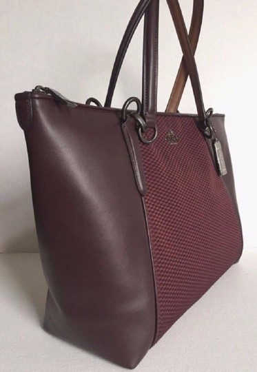 Coach New Ava Chainlink Shoulder Tote in Oxblood- Antique SV Image 10