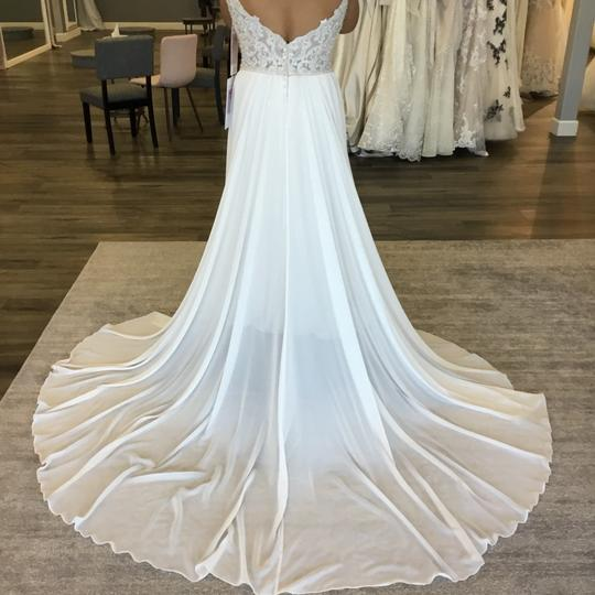 Allure Bridals Sand/Champagne/Ivory/Silver Chiffon 3207 Feminine Wedding Dress Size 14 (L) Image 2