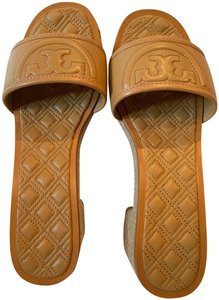 Tory Burch Blonde (tan) Sandals