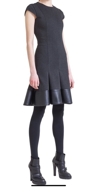 Preload https://img-static.tradesy.com/item/26131337/akris-punto-green-black-jersey-godet-with-faux-leather-mid-length-workoffice-dress-size-6-s-0-0-650-650.jpg