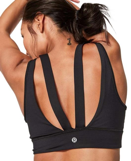 Preload https://img-static.tradesy.com/item/26131338/lululemon-black-run-the-day-activewear-sports-bra-size-4-s-27-0-3-650-650.jpg