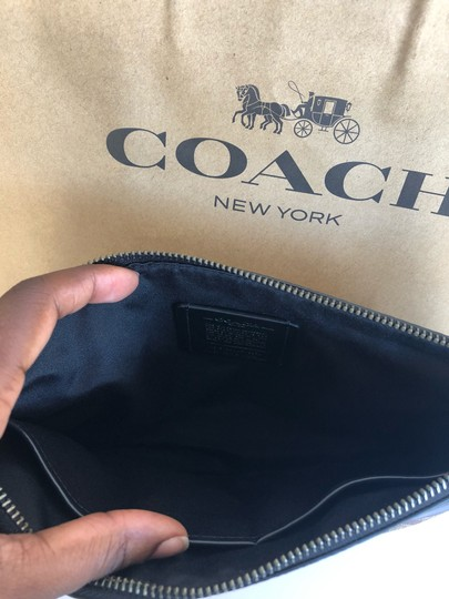 Coach Wristlet in Tan/Black Image 5