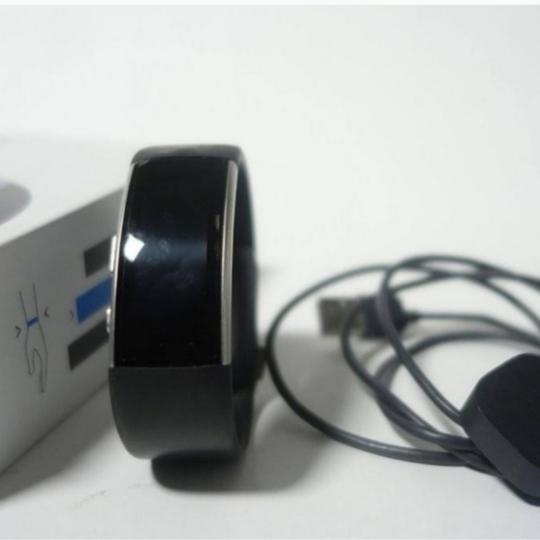 Microsoft MICROSOFT BAND 2-Gently used-no signs of wear Image 7
