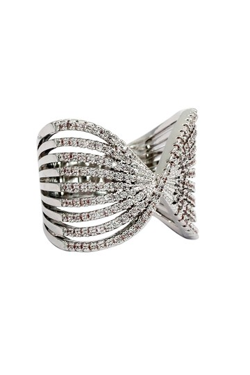 Ocean Fashion Sparkling silver crystal butterfly powder ring Image 1