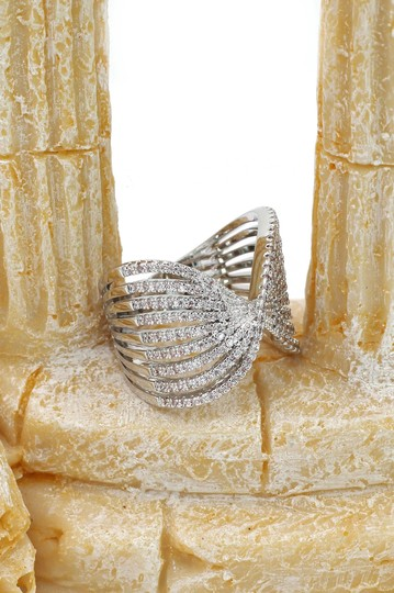 Ocean Fashion Sparkling silver crystal butterfly powder ring Image 5