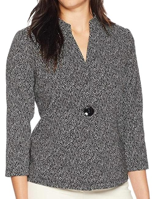 Preload https://img-static.tradesy.com/item/26131428/kasper-black-one-button-knit-jacquard-jacket-blazer-size-12-l-0-3-650-650.jpg