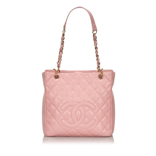 Preload https://img-static.tradesy.com/item/26131436/chanel-shopping-w-caviar-petite-italy-large-pink-cowhide-leather-tote-0-0-540-540.jpg