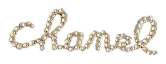 Preload https://img-static.tradesy.com/item/26131444/chanel-gold-pearly-white-and-crystals-brooch-0-2-540-540.jpg