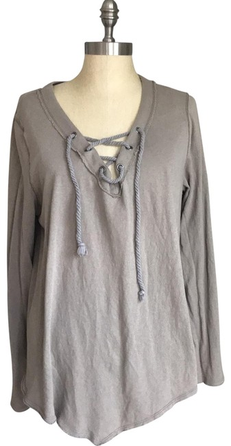 Preload https://img-static.tradesy.com/item/26131453/free-people-taupe-soft-cotton-sweatshirthoodie-size-12-l-0-4-650-650.jpg