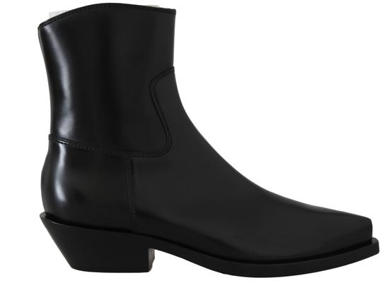 Preload https://img-static.tradesy.com/item/26131469/dolce-and-gabbana-black-leather-ankle-bootsbooties-size-eu-36-approx-us-6-regular-m-b-0-3-540-540.jpg