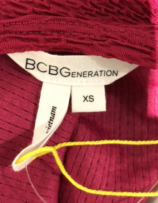 BCBGeneration Red Crepe Style Short Casual Dress Size 12 (L) BCBGeneration Red Crepe Style Short Casual Dress Size 12 (L) Image 4