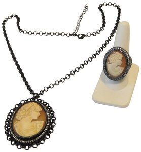 AMEDEO AMEDEO Gunmetal Cameo Necklace and Cameo Crystal Ring Set