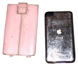 Apple Apple iPod with real leather case