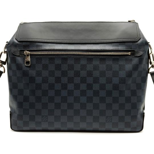 Louis Vuitton Messenger Bag Image 1