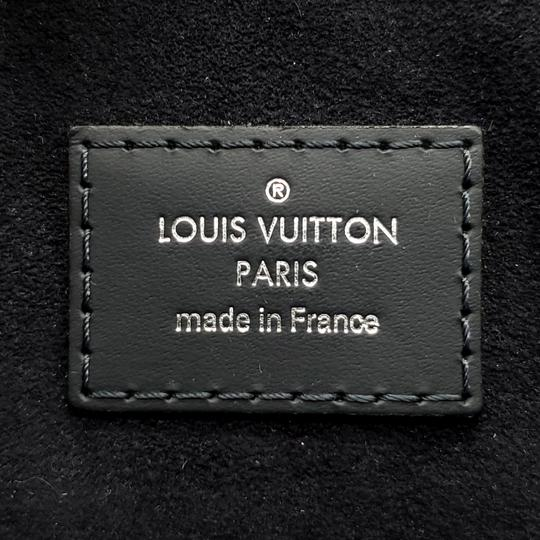 Louis Vuitton Messenger Bag Image 10