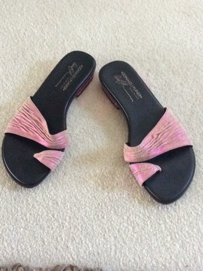 Donald J. Pliner pink and black Sandals Image 2