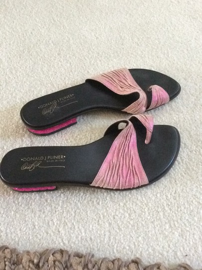 Donald J. Pliner pink and black Sandals Image 5