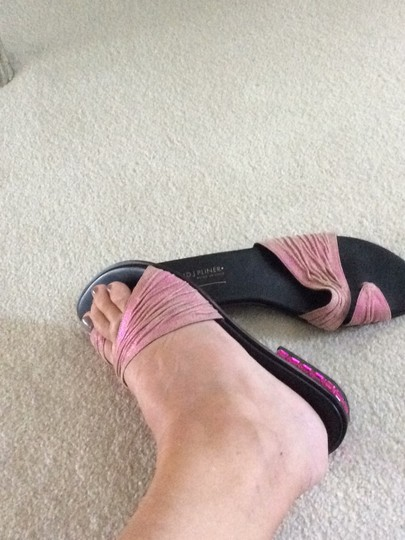 Donald J. Pliner pink and black Sandals Image 7