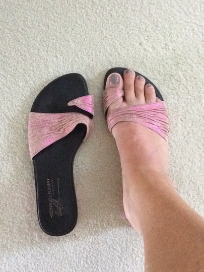 Donald J. Pliner pink and black Sandals Image 8