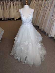 Ivory Tulle J6581 Modern Wedding Dress Size 10 (M)