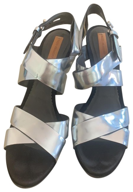 Item - Silver Boxer Strappy Leather Heel Sandals Size EU 39 (Approx. US 9) Regular (M, B)