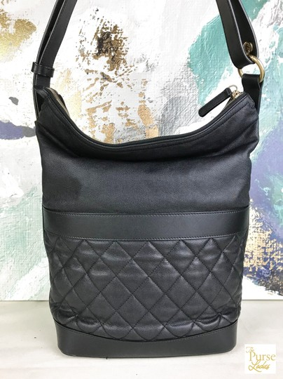 Chanel Caviar Leather Hobo Bag Image 2