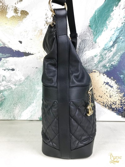 Chanel Caviar Leather Hobo Bag Image 3