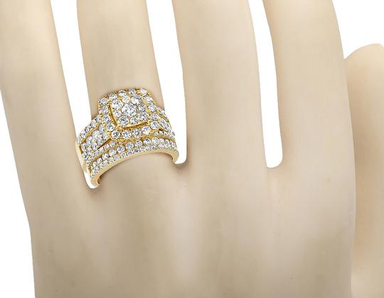 Jewelry Unlimited Ladies 14K Yellow Gold 3 CT Diamond Cluster Bridal Ring Set Image 1