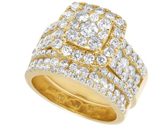 Jewelry Unlimited Ladies 14K Yellow Gold 3 CT Diamond Cluster Bridal Ring Set Image 3