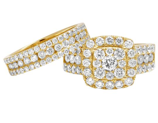 Jewelry Unlimited Ladies 14K Yellow Gold 3 CT Diamond Cluster Bridal Ring Set Image 5